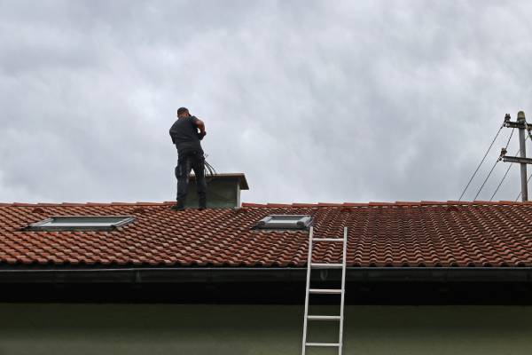 Five Signs Your Chimney Needs to be Repaired